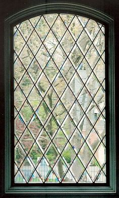Simulated Leaded Glass on Round Top Window