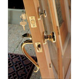 Baldwin gold wood knob